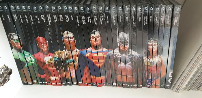 Batman, Superman, Justice League #1 - 31 - DC Graphic Novels Collection (#1 - 31, total of 30 hardcovers) by Eaglemoss - Cartonné - EO - (2015/2016)