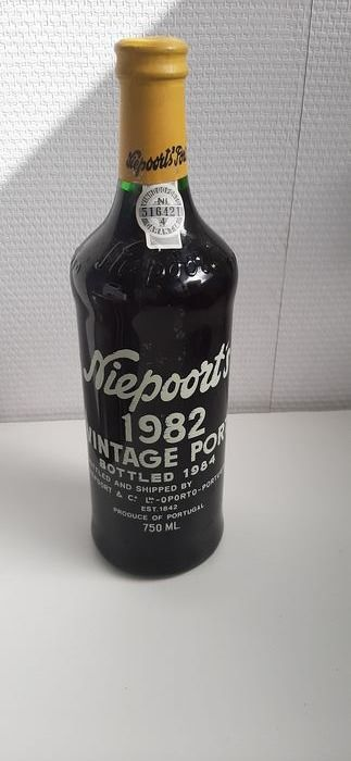 1982 Niepoort's  Vintage Port - 1 Bottle (0.75L)