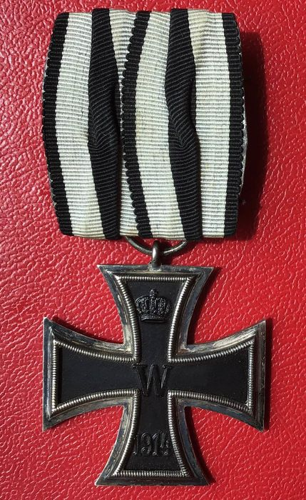 Germany - Iron cross 2nd class 1914 on single clasp, manufacturer KO