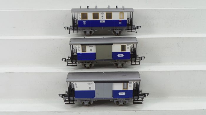 Fleischmann H0 - 5053/5054 - Passenger carriage - 3 2nd-class two-axle carriages and luggage - Edelweiß-Lokalbahn