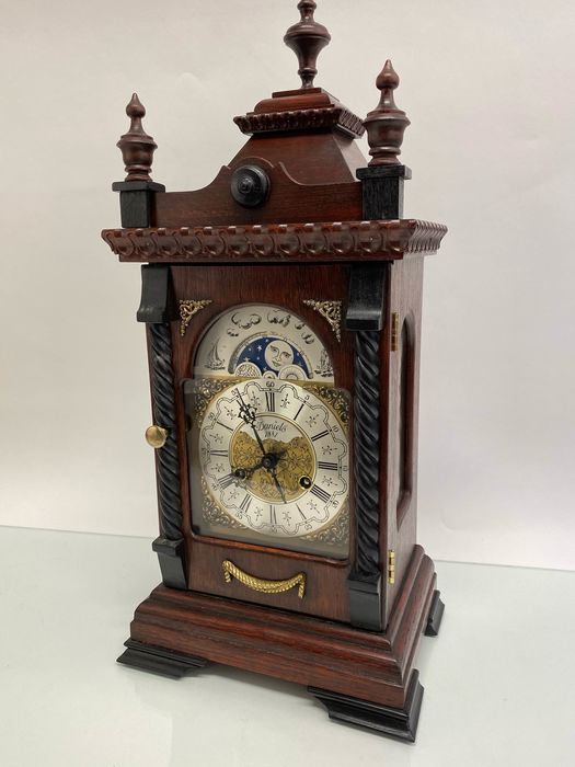 Large table clock with moon phase - Daniels 1881 - Wood - 20th century