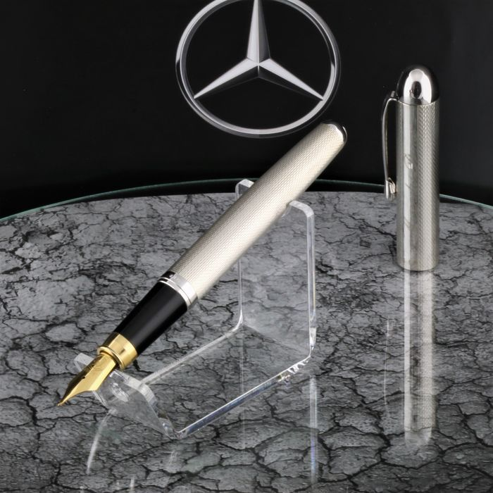 Old Mercedes Benz Daimler car 925 Sterling Silver Polished in new Condition  - Fountain pen - High Price & Exclusive Car pen 18K Goldplated Iridium Nib - Limited Edition  of 1