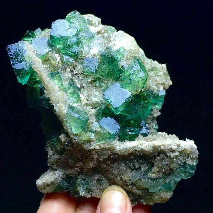 Fluorite Crystals on matrix - 48×75×103 mm - 265 g