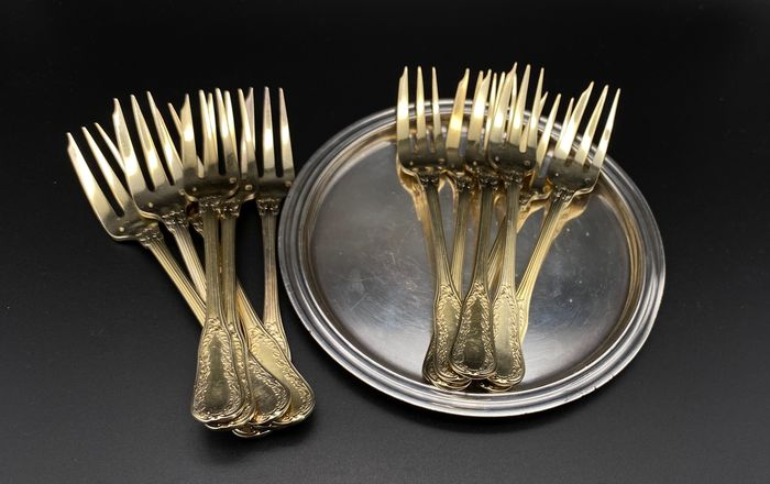 Cake fork, Small plate (13) - .950 silver, Silver gilt, Silverplate - Puiforcat - France - Second half 19th century