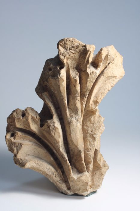 Ancient Greek, Hellenistic Stone Fragment-of-Marquee - 22×16×16 cm