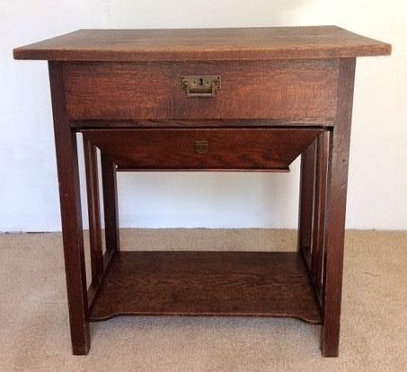 Sewing table - Wood