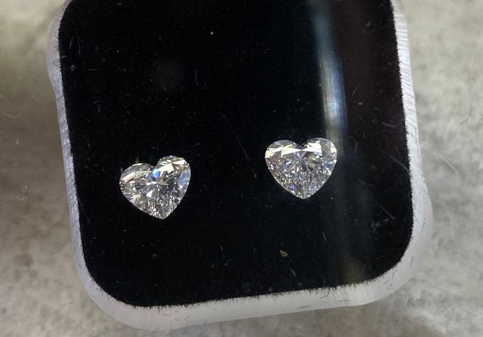 2 pcs Diamonds - 1.00 ct - Heart - D (colourless) - VS1, VS2