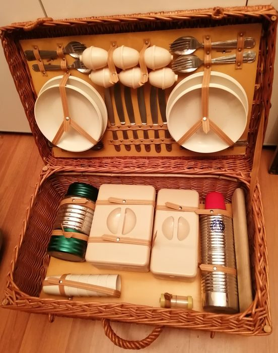 Picnic basket - Officine Standard - Cusano Milanino - Italy - 1960 c.a.