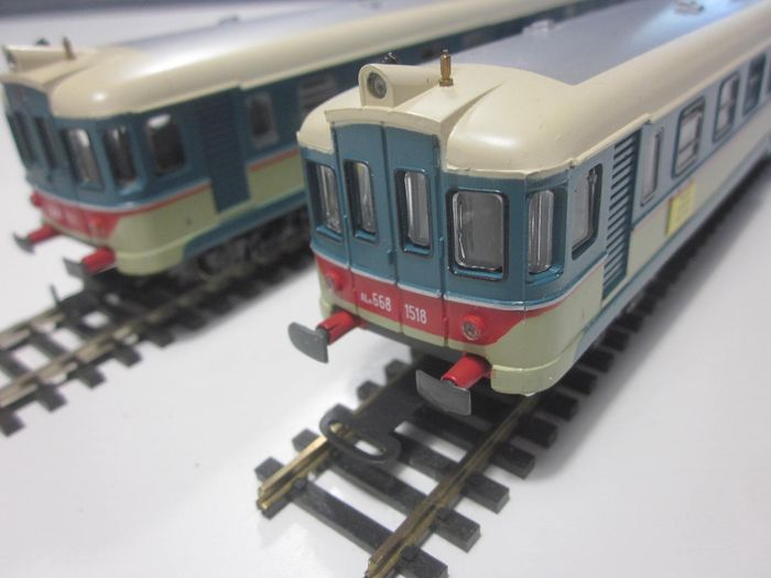 Rivarossi H0 - 1518/1511 - Railcar, Train unit - Automotrici ALn 668 - FS