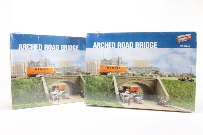 Walthers H0 - 933-3196 - Scenery - 2x Arched Road Bridge