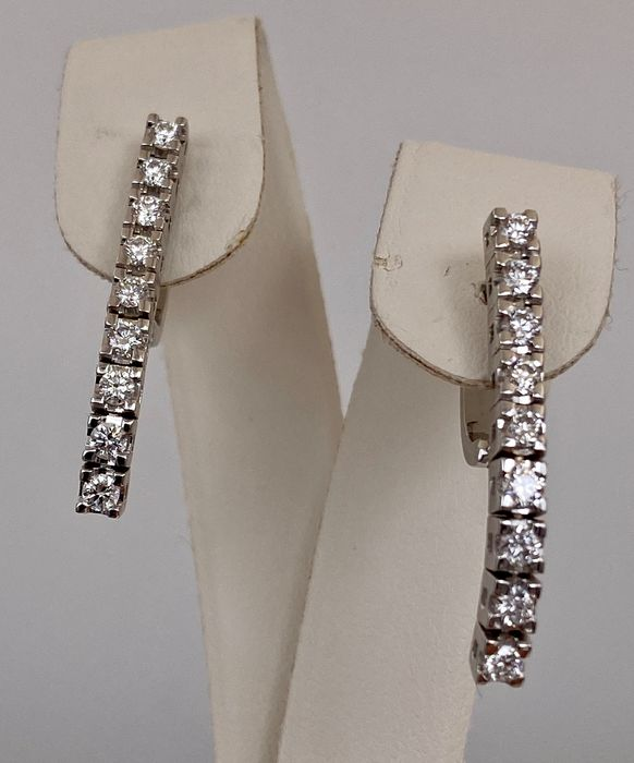 18 kt. White gold earrings - with 1.08ct diamonds, Without reserve price!