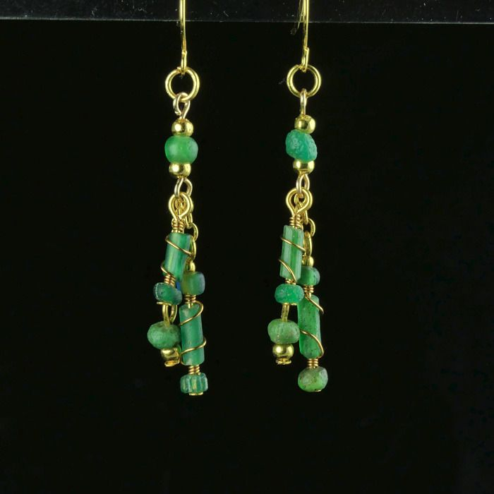 Ancient Roman Glass Earrings with green glass beads - (1)