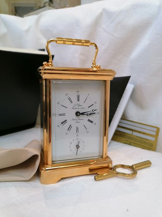 Tabletop clock - Brass - Late 20th century