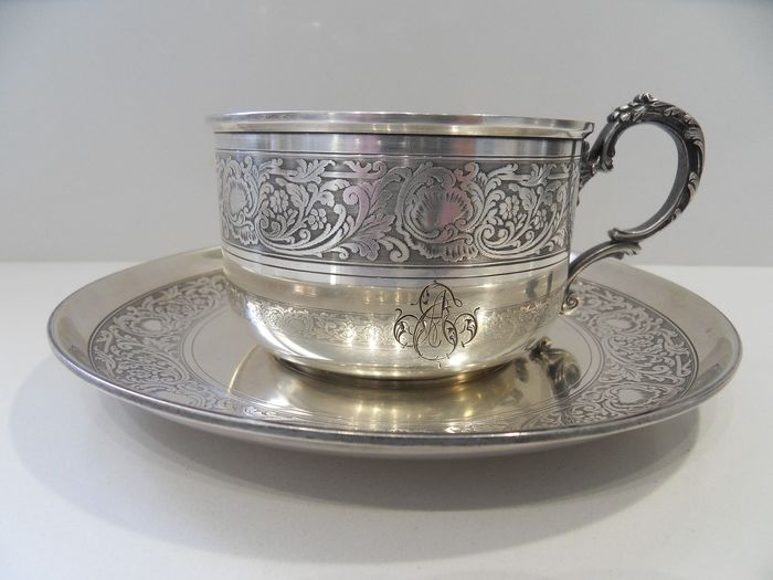 Large chocolate cup and saucer (1) - .950 silver - Henin & Cie - France - Late 19th century