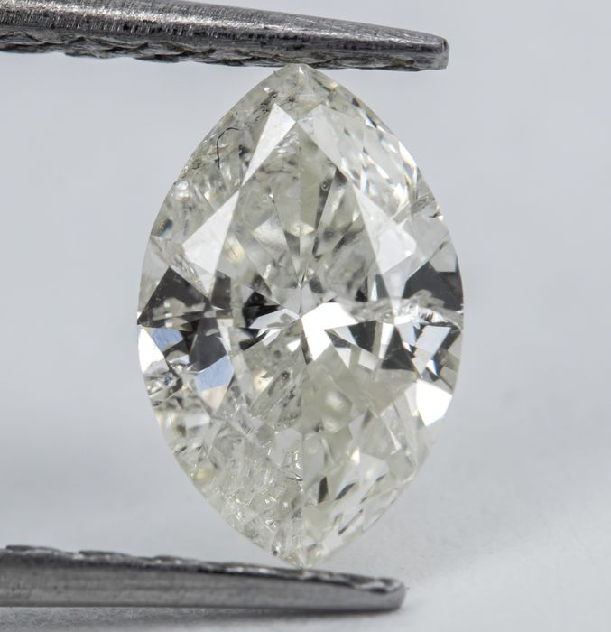 Diamond - 0.57 ct - Natural White - M color - I1  *NO RESERVE*