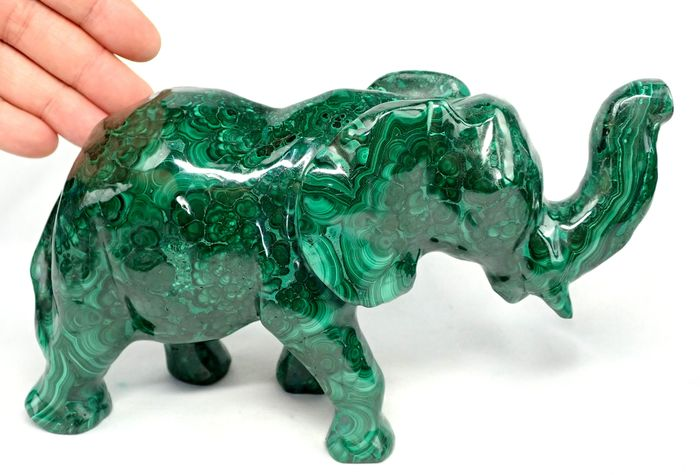 Very Decorative Old Malachite Elephant - 200×130×70 mm - 2148 g