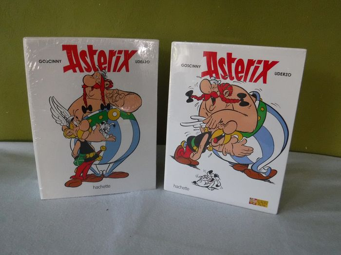 Asterix - 36 titels in 2 verzamelboxen - Hardcover - First edition - (2017/2017)