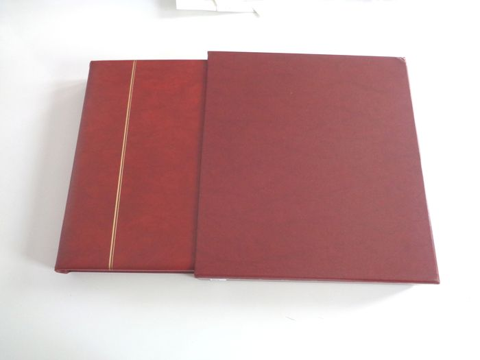 France 2002/2005 - Beautiful complete collection of modern postage stamps, booklets and souvenir sheets in a Safe album with slipcase.  Face values. - Yvert Entre n°3443 et 3835 + BFs n°66 à 114 inclus