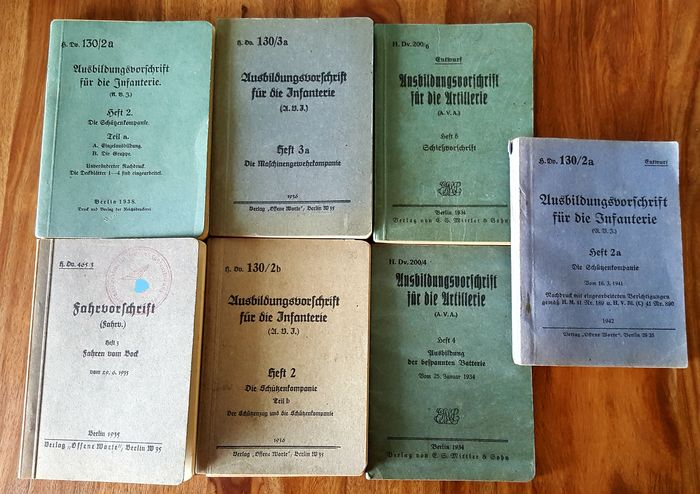 Germany - Infantry / artillery - Third Reich Lot Army printing regulations training regulations