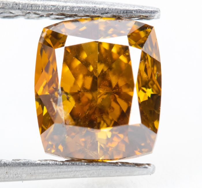 Diamond - 1.02 ct - Natural Fancy Vivid Yellowish Orange - SI2  *NO RESERVE*