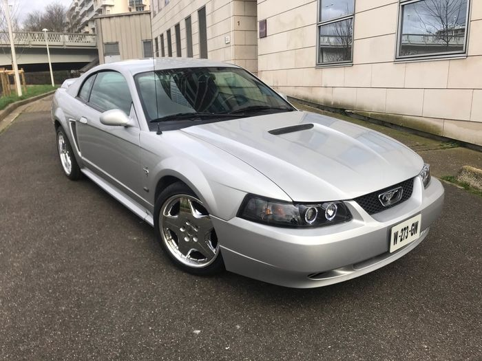 Ford - Mustang - 2000