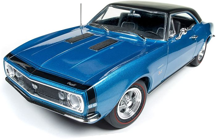 Autoworld - 1:18 - 1967 Chevrolet Camaro SS 427 Baldwin Motion Marina Blue with Black Hardtop.