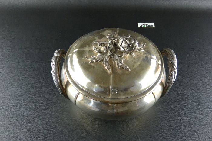 Tureen (1) - .950 silver - France - Early 20th century
