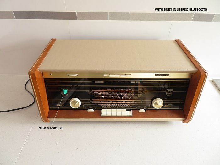 Philips - B6X23A FM Masterpiece with Bluetooth - Tube radio