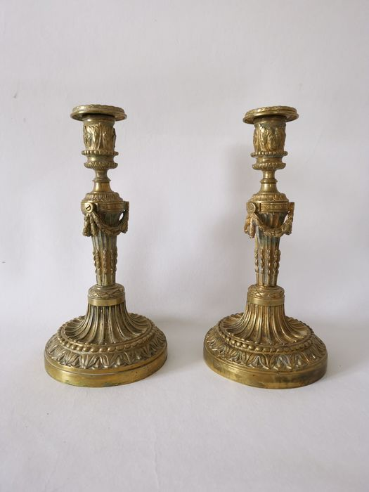 Candlestick (2) - Louis XVI - Bronze (gilt) - Late 18th century