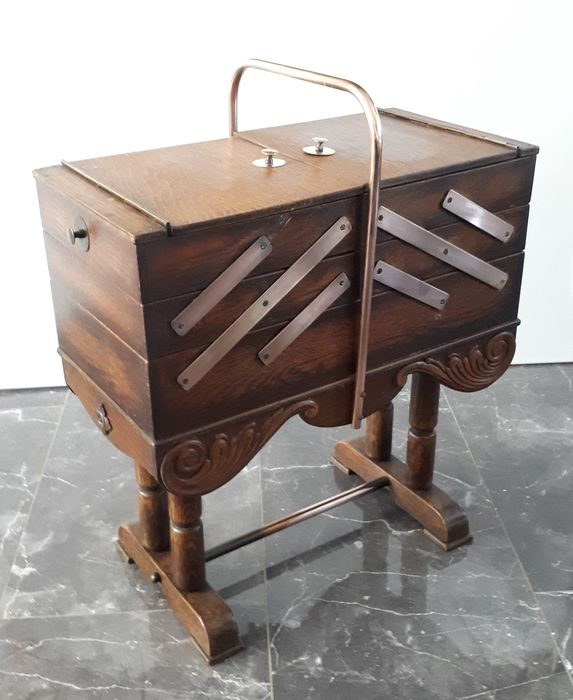 A sewing table extendable - wood, copper