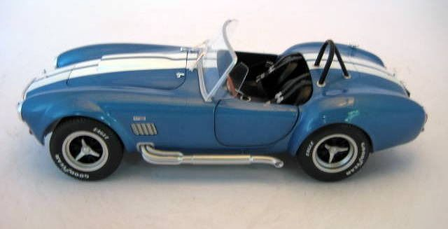 Preview of the first image of Solido - 1:18 - AC Cobra 427 MKII Metallic Blue1965 - Mint Boxed - Limited Edition.