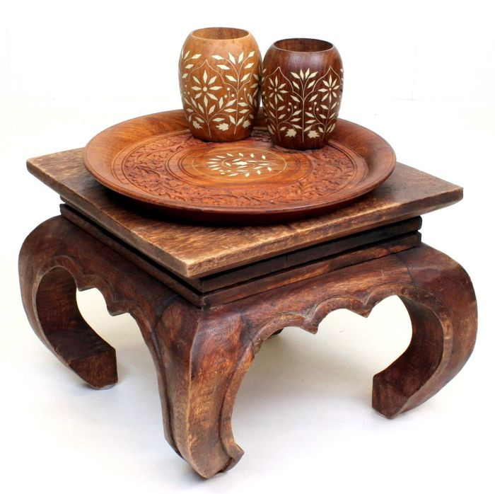 Opium table with bowl and cups (4)