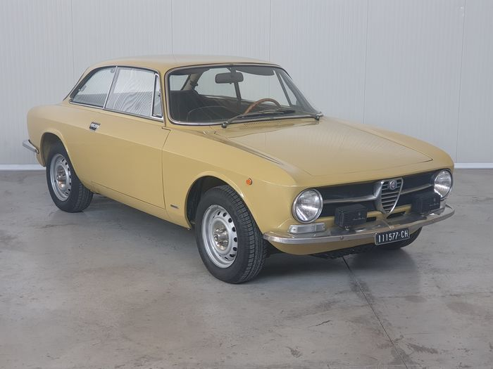 Alfa Romeo - GT Junior 1.3 - 1973