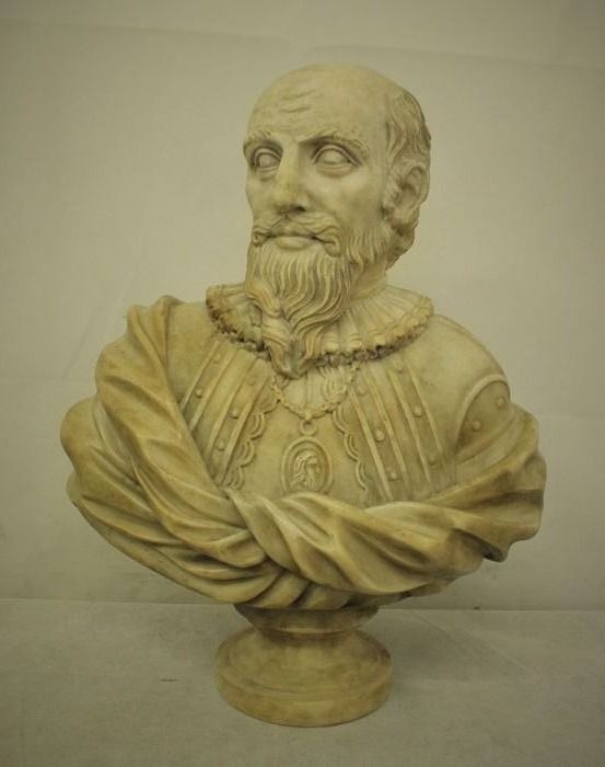 Sculpture, bust of a nobleman - Marble - Late 19th century
