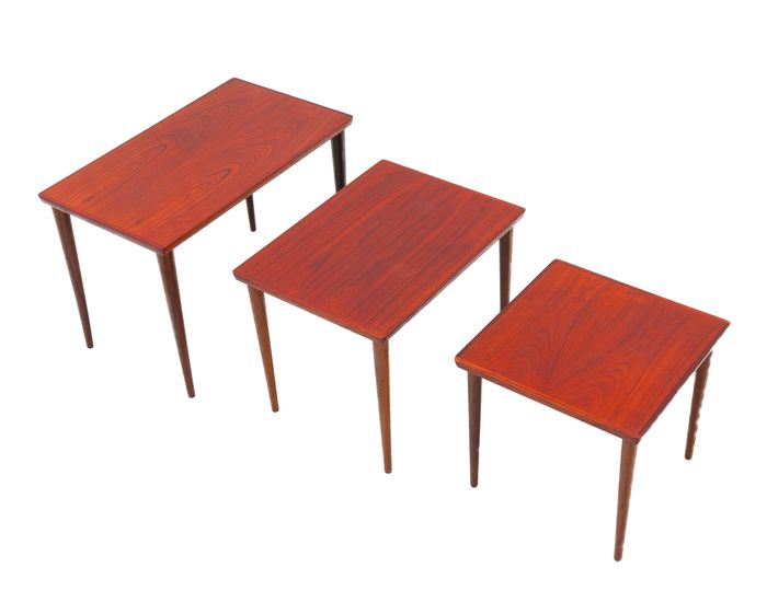 Nesting tables (1)