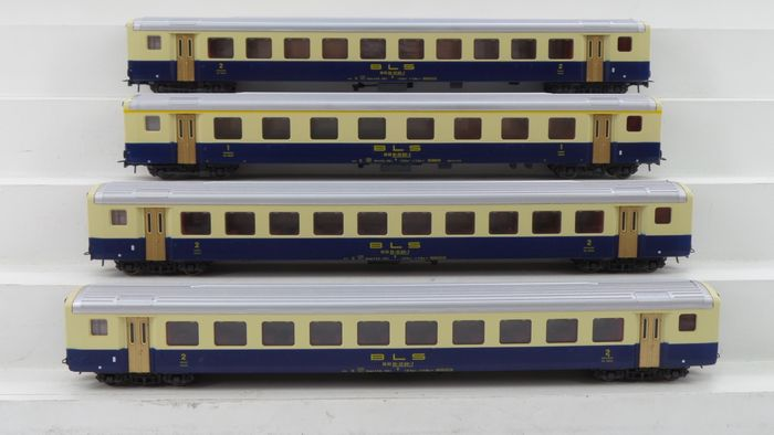 Roco H0 - 4238A/4239 - Passenger carriage - 4 express train carriages 1st / 2nd class - BLS