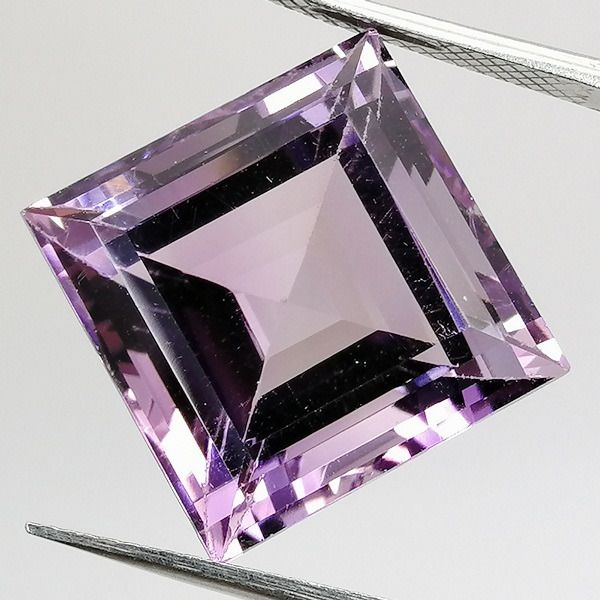 No Reserve Price - Amethyst Rose of France - 15.87 ct
