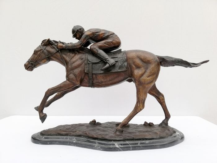 H. Knoght - Jockey à cheval - Bronze, Marbre