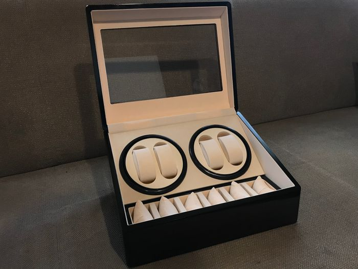 Image 2 of Watchwinder for 4+6 Watches - 2011-present