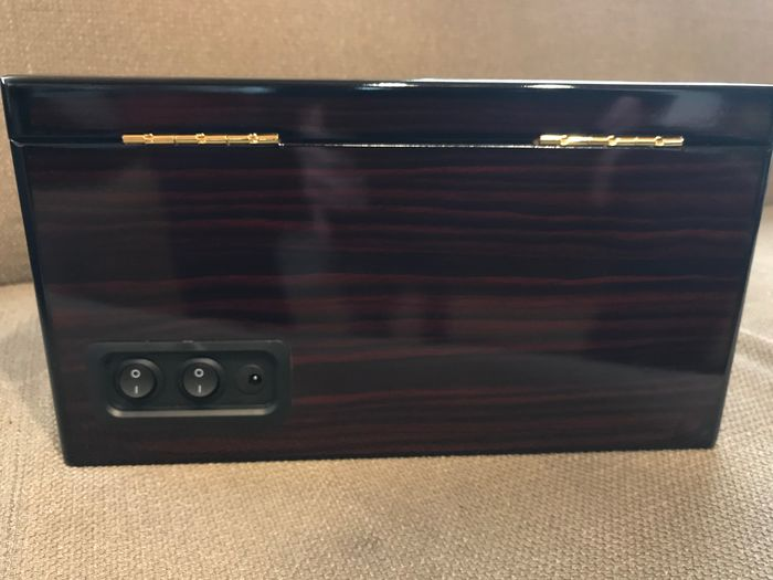 Image 3 of Watchwinder for 4+6 Watches - 2011-present