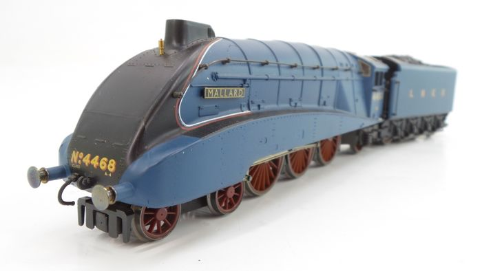 "Hornby 00 - R2059 - Steam locomotive with tender - Class A4 4-6-2 ""Mallard"" - LNER"