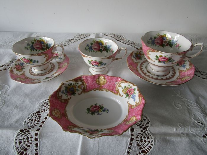 Royal Albert  Bone China - Lady Carlyle  servies kop en schotels  bonbonschaal (6) - Porselein