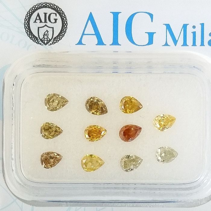11 pcs Diamonds - 1.05 ct - Pear - Natural Fancy Mix Colors - SI1, SI2, VS2, ***No Reserve Price***