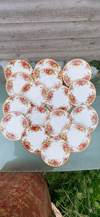 Royal Albert - Assiettes (16) - Céramique, Porcelaine