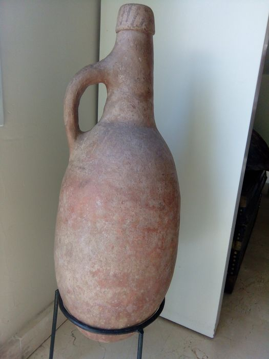 Clay pitcher with handle