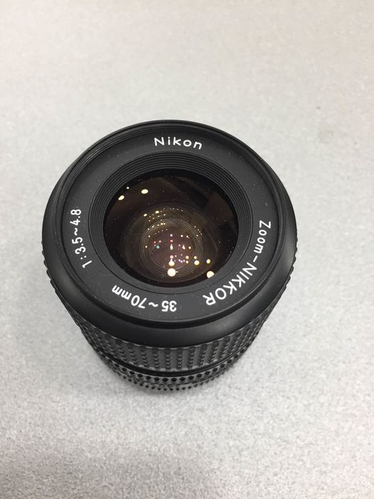 Nikon Zoom-Nikkor  35/70mm F3.5-4.8