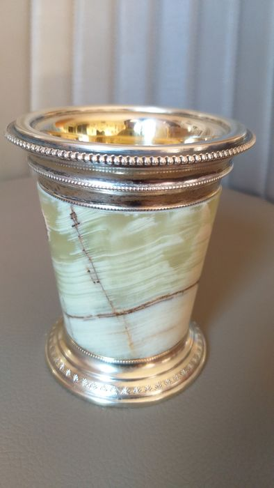 Green onyx empire style glass - .800 silver - Italy - First half 20th century