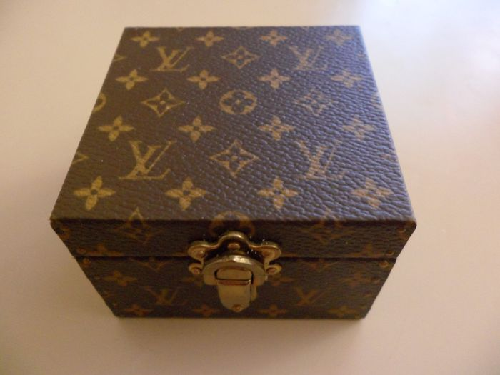 Louis Vuitton - Ecrin Declaration Monogram Small Trunk - Box