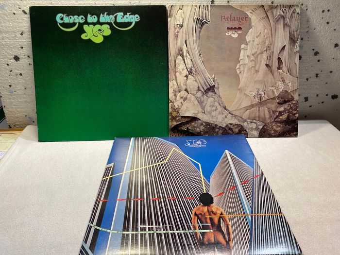 Yes - Multiple titles - LP's - 1976/1977