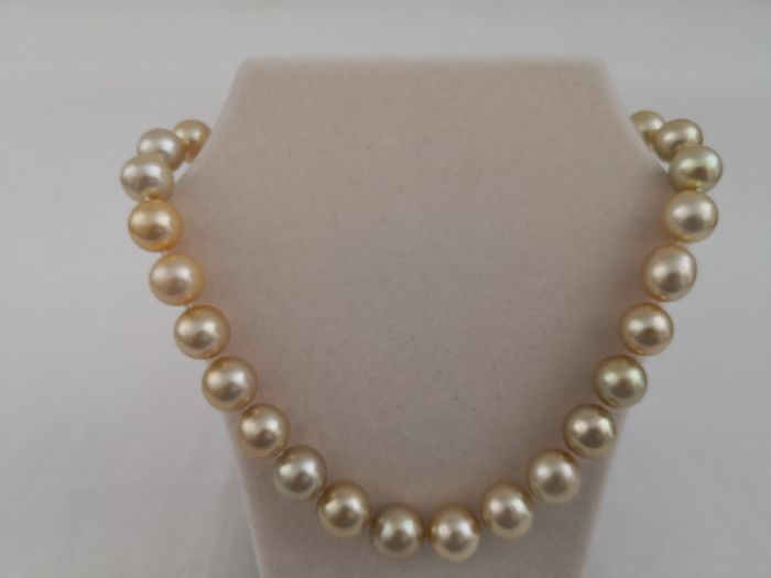 14 kt. Golden south sea pearls, 12-16 mm Round - Necklace
